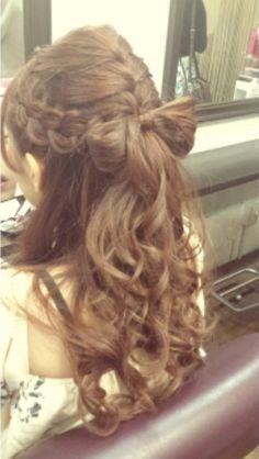 リボンハーフアップ Open Hairstyles, Kawaii Hairstyles, Wedding Hairstyles, Hair Arrange, Hair Shampoo, Cut And Color, Ponytail, Hair Inspiration, Your Hair