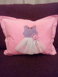 Μαξιλαρακι κουνιας Toss Pillows