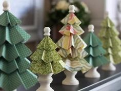With Christmas right around the corner, 'cubeincircle' presents us with some very creative ideas on how to decorate your home with cute little Christmas trees.