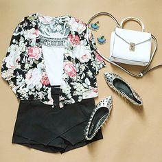 Black Floral Loose Crop Kimono