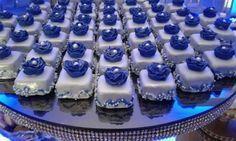Resultado de imagem para glaçados para casamento Chocolates, Sugar Art, Chocolate Cookies, Mini Cupcakes, Easy, Desserts, Food, Baby Showers, Sweet Like Candy