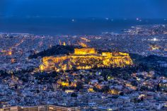 The Acropolis of Athens, Universal Symbol of the Ancient Greece. The magnificient Parthenon and other Temples, dedicated mostly to the goddess Athena. Greece Wallpaper, City Wallpaper, Cyprus Greece, Athens Greece, Athens By Night, Parthenon Athens, School Of Athens, Athens City, European Destination