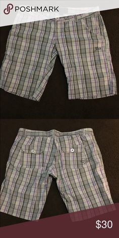 WOMENS Fox shorts size 7 FOX SHORTS WORN GENTLY - LOOK NEW AS SEEN IN PICS Fox Shorts Bermudas