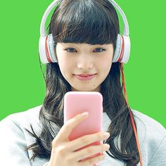 Nana Komatsu, Girl With Headphones, Japanese Beauty, Listening To Music, Hair Beauty, Photo And Video, Photography, Instagram, Art Projects