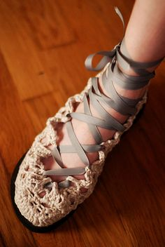 for-pay pattern - Frilly Crocheted Shoes! by -leethal-, via Flickr. These gorgeous shoes are a brilliant reuse of a pair of gawdawful flip-flops. Yes, really!