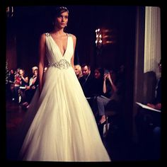 "Brides.com: Fall 2013 Wedding Dress Trends. Trend: Old Hollywood-Inspired Wedding Dresses. With plenty of beaded details and high drama, glamorous brides are choosing Old-Hollywood inspired gowns for their formal affairs. ""We did see a lot of sparkly gowns this season, and it's perfect for an evening affair,"" says Leonard."