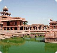Overnight trip to Agra Fatehpur Sikri, Delhi Agra fatehpur Sikri and Agra Taj Mahal tour from New Delhi.