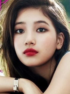 Makeup artist Jung Saem-mool has revealed the secrets behind hallyu star Suzy's beautiful lip makeup. For Grazia's photo spread, Suzy wore MAC's dark burgundy lipstick, Diva, creating an . Beauty Make-up, Beauty Women, Asian Beauty, Beauty Hacks, Hair Beauty, Asian Makeup Looks, Korean Makeup, Mac Chili Lipstick, Beautiful Lips