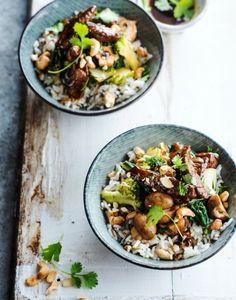Riz au boeuf, champignons et noix de cajou : recette asiatique | Régal