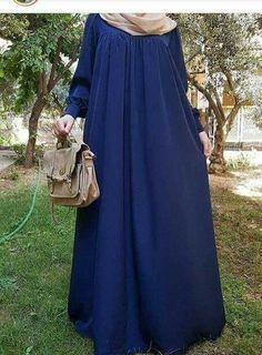 Long Skirt Hijab, Hijab Dress, Hijab Outfit, Moslem Fashion, Niqab Fashion, Hijab Style, Hijab Chic, Beautiful Hijab, Beautiful Outfits