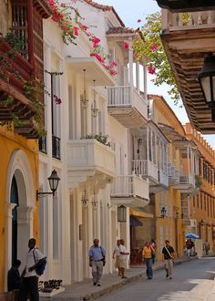 In this itinerary, we have put together the best of Cartagena in 5 days. It will guide you on which hotel to stay, so as to have easy access to all. Places Around The World, Oh The Places You'll Go, Travel Around The World, Places To Travel, Around The Worlds, Columbia South America, South America Travel, Central America, Puerto Rico