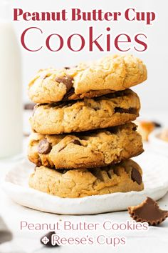 Peanut Butter Cup Cookies - Peanut butter cookies filled with chopped Reese's cups and chocolate chips. These cookies are so good! Reese's Cookies | Peanut Butter Chocolate Cookies | Reese's Peanut Butter Cup Cookies | Cookie Recipe #cookies #cookie