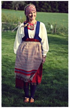 Kansallispuku | Me Naiset Crazy Costumes, Cool Costumes, Costumes Around The World, Folk Clothing, Folk Costume, People Of The World, Traditional Dresses, Character Inspiration, Wedding Gowns
