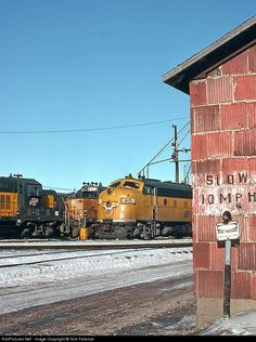 RailPictures.Net Photo: CNW 415 Chicago Northwestern Railway EMD F7(A) at Butler, Wisconsin by Tom Farence