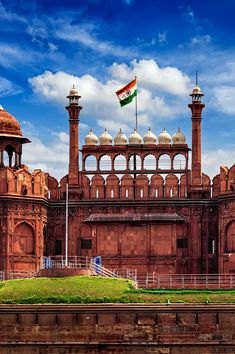 Best Time to Visit India Independence Day Images, Independence Day India, Beautiful Places To Visit, Wonderful Places, Monument In India, Delhi City, Republic Day India, India Gate, Amazing India