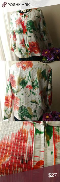 Chico's glitzy floral print blazer size 3 Very good condition. Glitzy clear sequins makes this cutie pop. 22.5 pit to pit. 24.25 in length.19 across shoulders, fully lined. Zip closure. If you have any questions, please feel to ask. Chico's Jackets & Coats Blazers