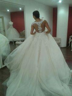 Lace Wedding, Wedding Dresses, Mango, Gowns, Wedding Ideas, Design, Fashion, Bride Gowns, Manga