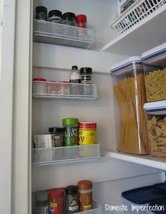 11+Organization+Tricks+That+Make+a+Pantry+Feel+