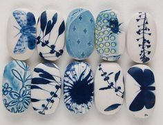 These beautifully painted rocks could very well become a legit house decoration for the rest of your life.
