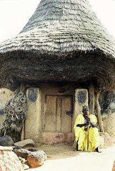 Ivory Coast Hut...see the craftsmanship!