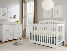 Broyhill Kids Bowen Heights 4-in-1 Convertible Crib White