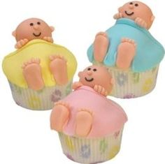baby shower cupcakes.  This looks so simple and cute. This is one worth trying at a friends baby shower.