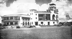 Aeropuerto Internacional de Ilopango, la inauguración oficial se dio el 27 de Abril de 1964 con el inicio de sus operaciones para vuelos internacionales.  • Sirvió durante muchos años como el principal aeropuerto internacional, hasta que fue sustituido por uno mas grande y moderno