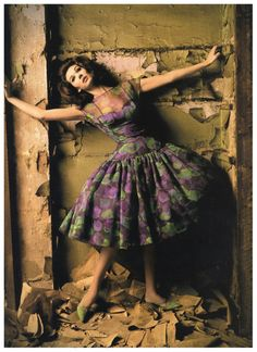 Vintage Fashion: love this purple and green dress! From the 1960s..