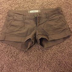 Brown shorts Brown shorts rolled up at the bottom. Size 0 Abercrombie & Fitch Shorts Jean Shorts