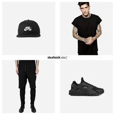 Der Sonntag beginnt so: Gemütlich in All-Black! P.S. Letzte verfügbaren Größen vom Nike Air Huarache. Hier entdecken und shoppen: http://sturbock.me/P1j