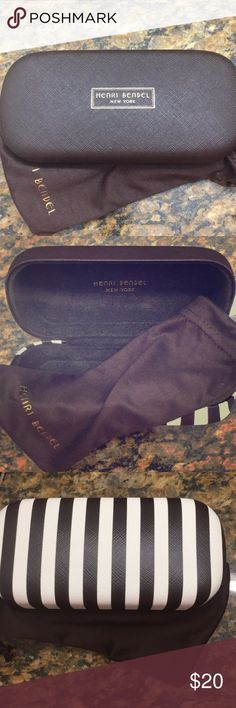 Authentic Henri Bendel Glasses Case Authentic Henri Bendel sunglasses or glasses case with dust cloth that doubles as cover. I broke the sunglasses and don't need the case anymore. 😢 Great condition and clean. henri bendel Accessories Sunglasses