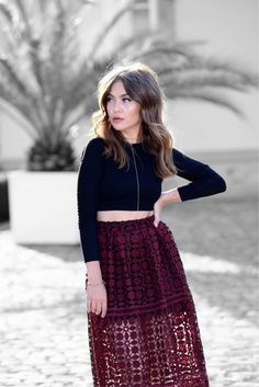 WWW.INNERCLASSY.COM // German Fashion & Interior Blogger // Streetstyle, Toyshop Dark Red lace Skirt, Roter Spitzenrock, New Look Velvet Samt Pumps
