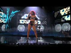 Rihanna - The Love the way you lie Part II, What´s my Name and Only Girl [In The World] (Live in AMA 21 10 2010) HD 1080p