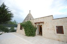 #Newly renovated 140 sqmt approx. detached #house for sale located near Martina #Franca, composed of: double reception.