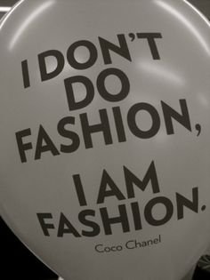 One of my favorite CoCo Chanel quotes. Citations Chanel, Great Quotes, Quotes To Live By, Inspirational Quotes, Clever Quotes, Awesome Quotes, Meaningful Quotes, Style Work, Uñas Fashion