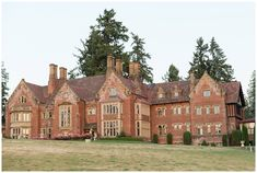 Zili & Joseph: A Thornewood Castle Wedding in Seattle - The Ganeys Beautiful Love Stories, Beautiful Places, Seattle Wedding Venues, Groom And Groomsmen Attire, Building Exterior, Garden Styles, Old Houses, Tudor Architecture, Manor Homes