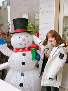 Choi Yoojung, Fandom, Cosmic Girls, Korean Girl Groups, Kpop Girls, Pretty Girls, Snowman, Bae, Idol
