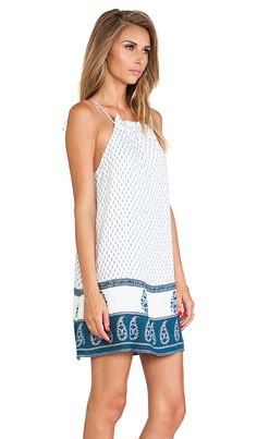 loving this blue and white summer dress
