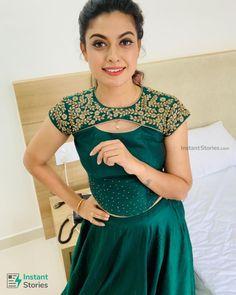 Long Skirt Top Designs, Long Skirt And Top, Fancy Dress Design, Stylish Blouse Design, Frock Design, Salwar Neck Designs, Churidar Designs, Kurta Neck Design, Blouse Neck Designs