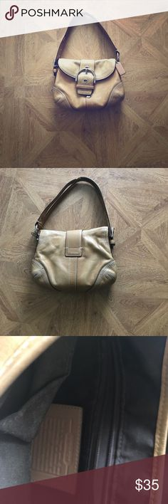COACH Soho Leather Hobo Style Purse COACH Soho Leather Hobo Style Designer Purse- great for every day running around- has some scuff marks on back. Coach Bags Shoulder Bags