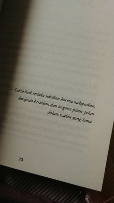 Quotes Rindu, Quotes From Novels, Text Quotes, Tumblr Quotes, Mood Quotes, Daily Quotes, Life Quotes, Cinta Quotes, Quotes Galau