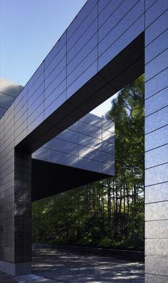 INCS Zero Factory, Nagano, Japan by Kohn Pedersen Fox Associates