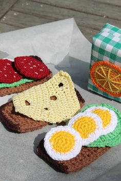 I need to learn how to crochet! will you please crochet food for your kids to play with? It would make you the coolest mom ever! Crochet Fruit, Crochet Food, Knit Or Crochet, Cute Crochet, Crochet For Kids, Crochet Crafts, Crochet Dolls, Yarn Crafts, Crochet Baby