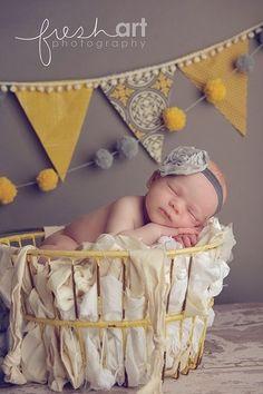La Fiesta de Olivia | Decoración fiestas infantiles Pompones de lana DIY e ideas | Tienda Online