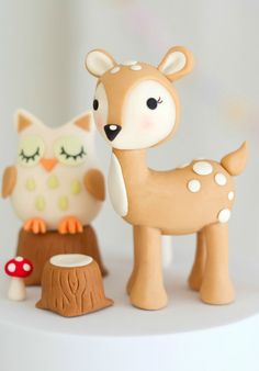 Kawaii cake woodland cake - My list of the most beautiful animals Fondant Cake Toppers, Fondant Figures, Fondant Cupcakes, Cupcake Toppers, Cake Topper Tutorial, Fondant Tutorial, Creative Cake Decorating, Creative Cakes, Deer Cakes