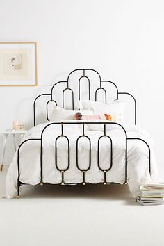 Loving this iron bed frame. Style Deco, Home Decor Bedroom, Art Deco Bedroom, Bedroom Ideas, Bedroom Designs, Bedroom Inspiration, Bedroom Bed, Kids Bedroom, Bedroom Stuff