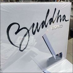 Brush Lettering, Hand Lettering, Board And Brush, Close Up, Buddha, Boards, Retail, Statue, Planks