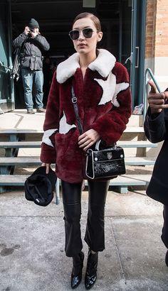 Elsa Hosk, Gigi Hadid, Kaia Gerber... Plein phares sur les looks off duty des tops en vogue, capturés dans les rues de New York lors de la Fashion Week automne-