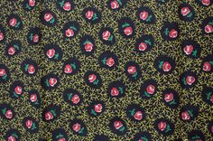1930s 40s Diminutive Calico Rose and Vine Print on Black Cotton Fabric // 1.86 Yards