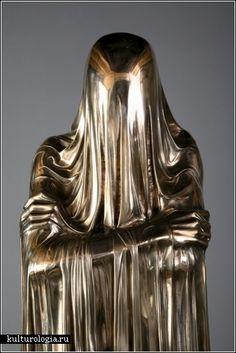 Voodoo people британского скульптора Кевина Френсиса Грея (Kevin Francis Gray)